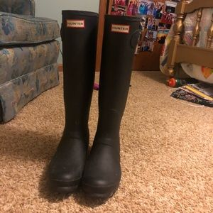 HUNTER BOOTS SIZE 9!
